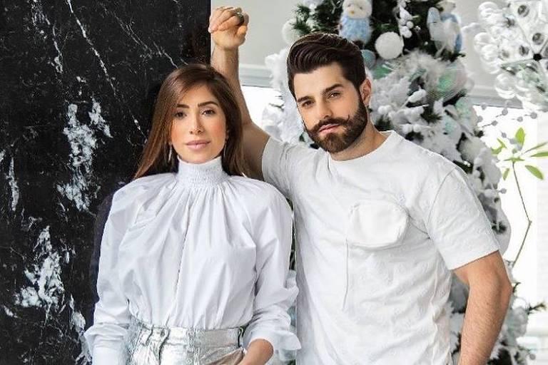 O DJ Alok com a mulher, Romana Novais, grávido do primeiro filho do casal