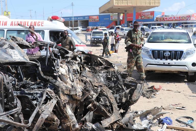 Explosão de carro-bomba na capital da Somália