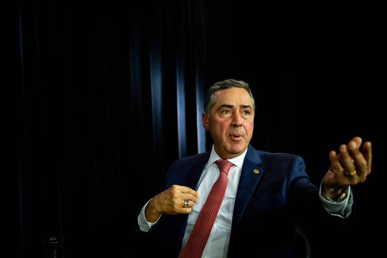 Luís Roberto Barroso, ministro do STF, durante entrevista à Folha e ao UOL, em dezembro -