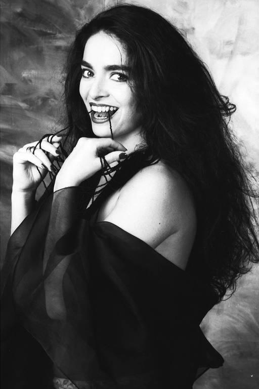 Claudia Ohana fotografada por Antonio Guerreiro