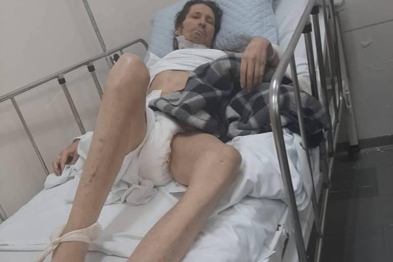 Asa Branca é amarrado em hospital