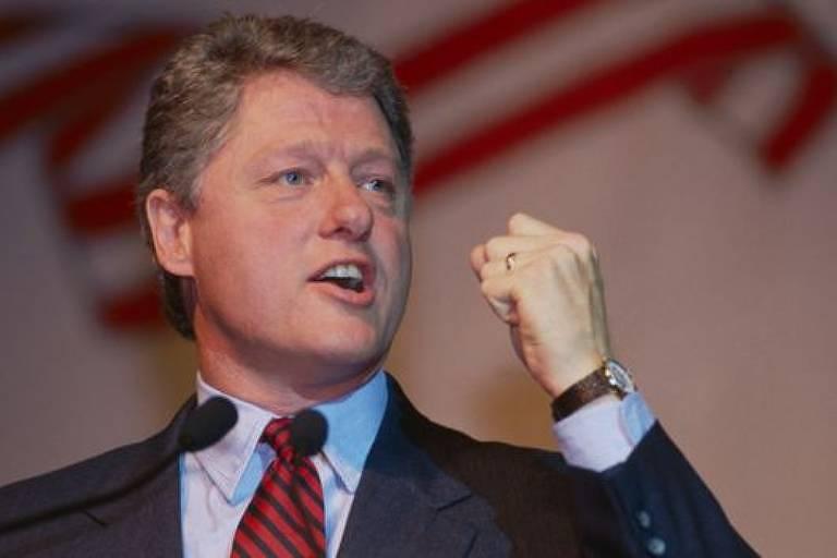 Bill Clinton mudou regras de tributação sobre remunerações de executivos, mas medida teve efeitos inesperados