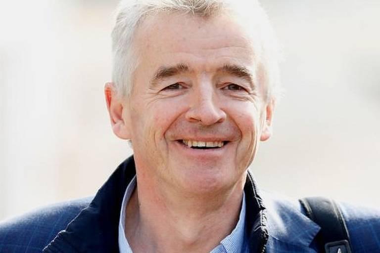 Quase metade dos acionistas da companhia aérea Ryanair votaram contra negociação salarial do chefe-executivo da empresa, Michael O'Leary