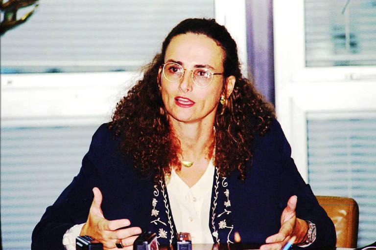 Elena Landau, em junho de 1995, quando era diretora do BNDES, durante entrevista