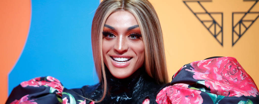 A cantora Pabllo Vittar na premiação do MTV Europe Music Awards