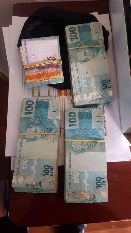 PF encontra dinheiro em espécie na busca e apreensão realizada na casa do deputado Wilson Santiago (PTB-PB) em Brasília