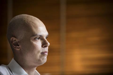 Biópsia revela que câncer de Bruno Covas persiste, e prefeito de SP passará por imunoterapia