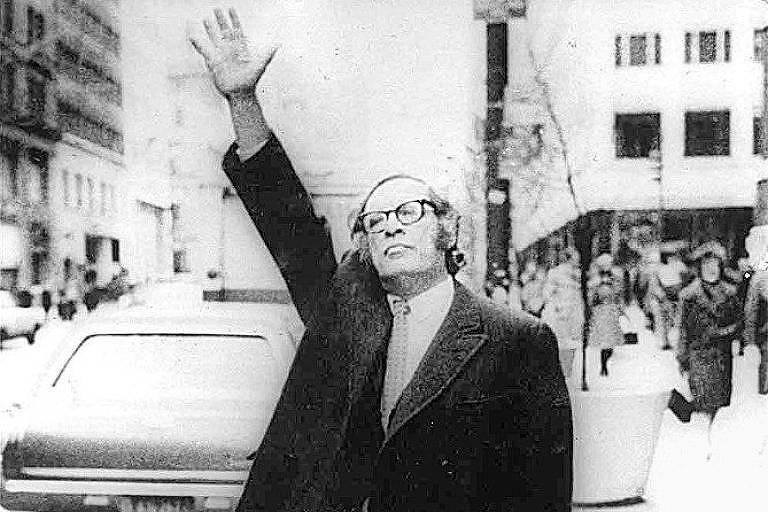 Isaac Asimov escreveu e editou mais de 500 livros durante a vida, a maior parte voltada para divulgação científica