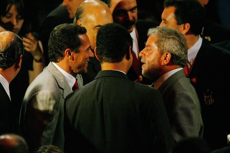Vanderlei Luxemburgo conversa com ex-presidente Lula durante festa de premiação do Campeonato Paulista de 2006