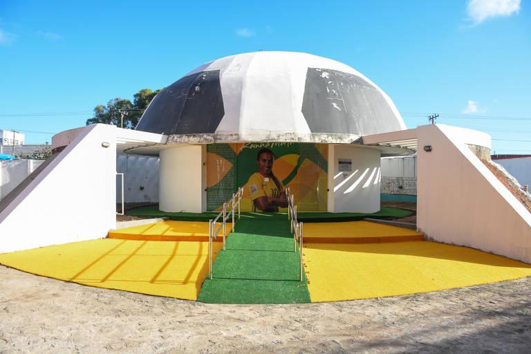 Memorial Rainha Marta, inaugurado em 2014 no estádio Rei Pelé; o espaço está fechado há três meses, segundo o governo