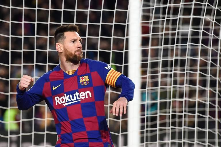 Comparação entre gols de Pelé e Messi esbarra na noção de tempo