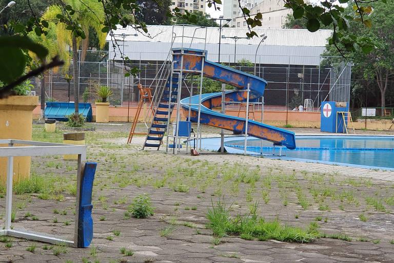 Veja piscinas públicas de São Paulo em condições ruins