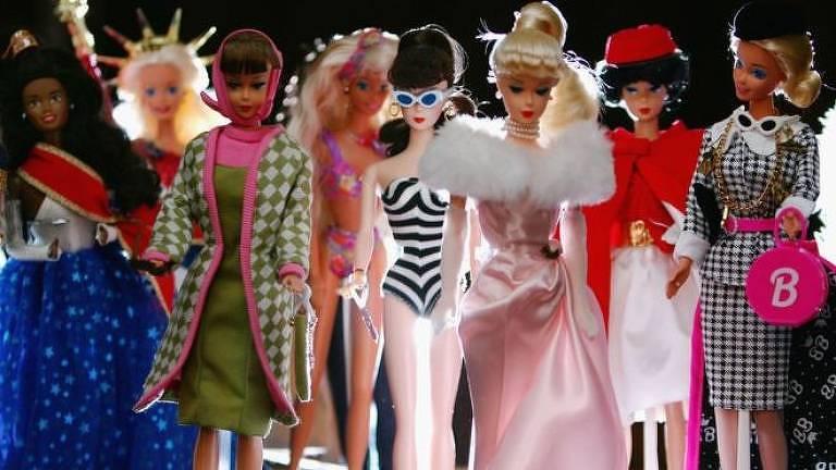 Lançada inicialmente em 1959, Barbie está em constante evolução para acompanhar novos tempos, garante sua fabricante