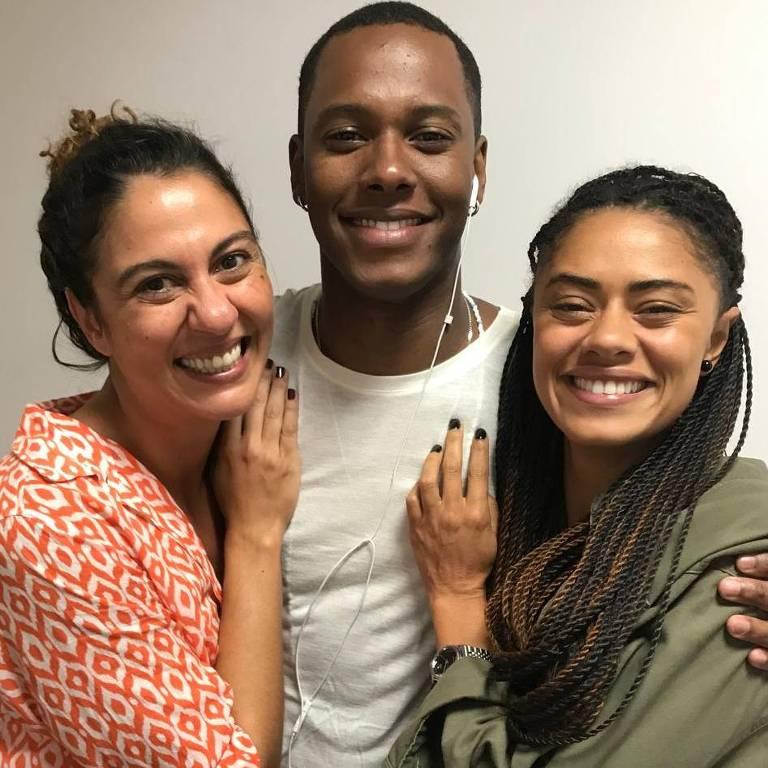Da esq. para dir., Penha (Clarissa Pinheiro), Wesley (Dan Ferreira) e Miriam (Ana Flávia Cavalcante)