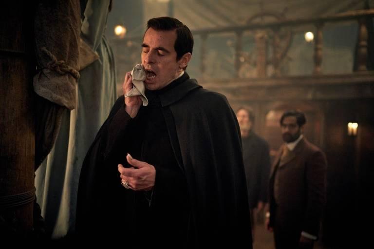 Veja cenas de 'Drácula'