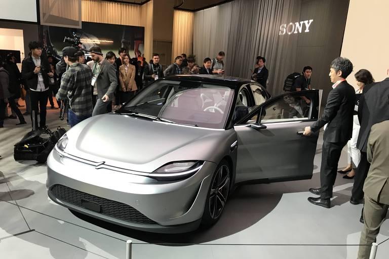 Sony apresenta protótipo Vision-S, carro elétrico e autônomo. Veículo está exposto na CES 2020, feira de tecnologia realizada em Las Vegas.