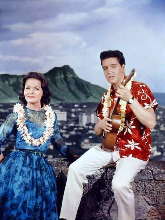 """Elvis Presley em """"Feitiço Havaiano"""""""
