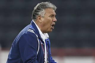 Qatar SC's head coach Sebastiao Lazaroni of Brazil reacts during their Qatar Stars League soccer match against Al-Sailiya in Doha