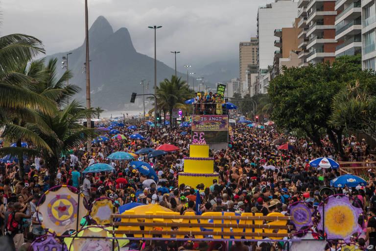 Bloco Simpatia é Quase Amor desfila em Ipanema, zona sul do Rio, no Carnaval de 2019