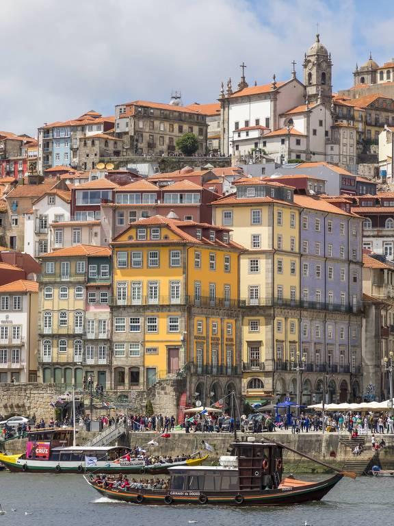 Região da Ribeira, nas margens no rio Douro, no Porto, em Portugal