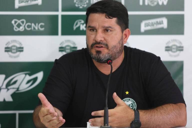 O técnico Eduardo Barroca foi demitido pelo Coritiba e também pelo Botafogo no último Campeonato Brasileiro