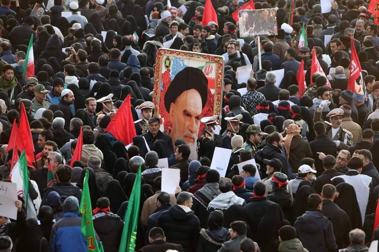 Chanceler iraniano pede à Europa mediação com EUA para salvar acordo nuclear