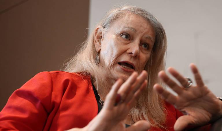 A economista americana Deirdre McCloskey, 75, da Escola de Chicago