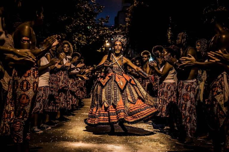 Desfile do bloco afirmativo paulistano Ilu Inã