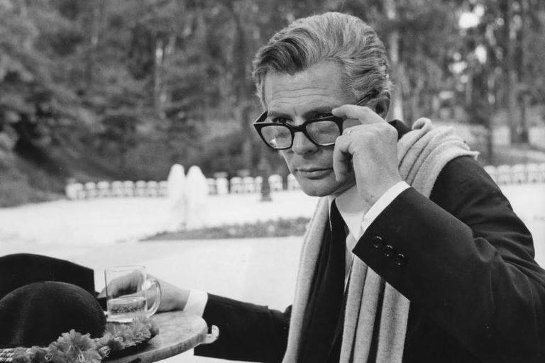 "Cena de ""Oito e Meio"" (1963), de Federico Fellini"