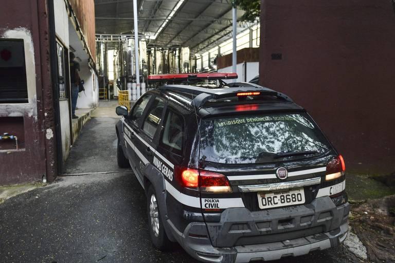 Polícia faz perícia em cervejaria em Belo Horizonte após casos suspeitos de doença