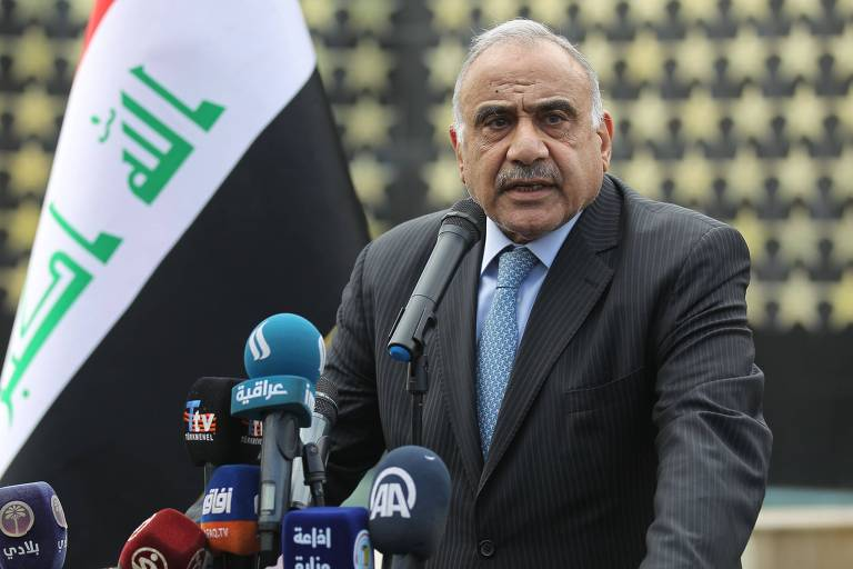 Iraque pede que EUA retirem suas tropas do país, mas Washington recusa