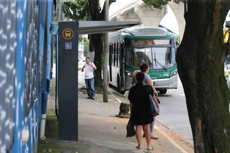 Linhas de ônibus perdem 40% de passageiros com monotrilho