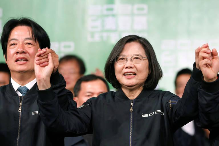 A presidente reeleita, Tsai Ing-wen, e o vice-presidente, William Lai, após a vitória na eleição de Taiwan