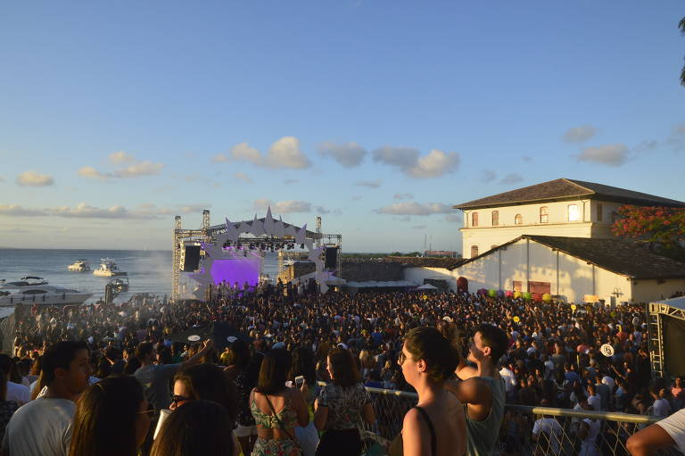 Veja imagens de shows e grandes eventos no MAM da Bahia