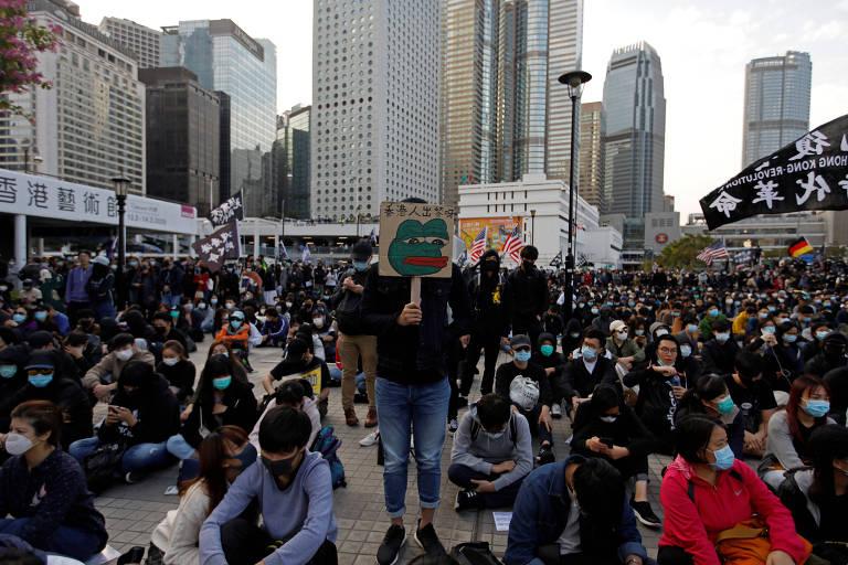 Após eleições em Taiwan, Hong Kong tem protestos; veja fotos de hoje