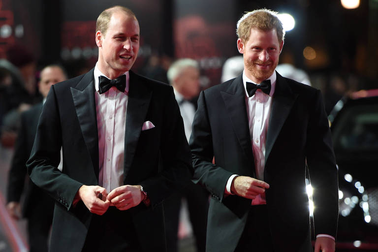 "Príncipes William e Harry no tapete de ""Star Wars: Os Últimos Jedi"" em Londres"