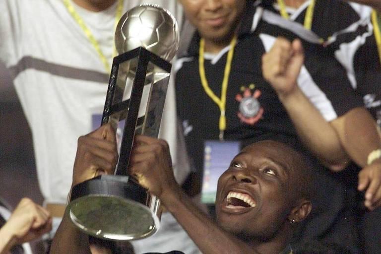 Anos 2000 começaram promissores para o futebol brasileiro