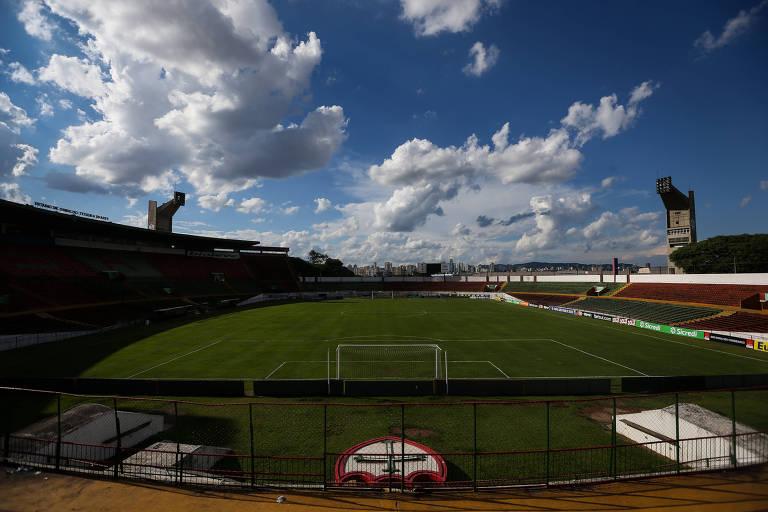 Clube tenta tirar do papel o projeto de modernização do Canindé para transformar o estádio em arena multiuso