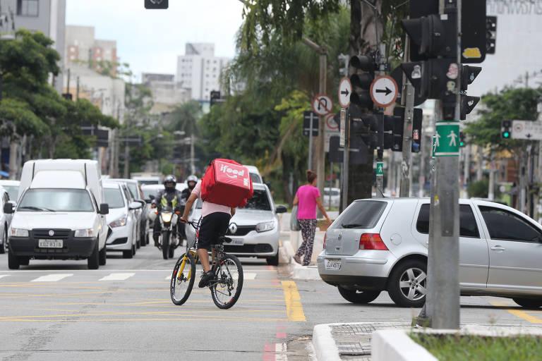 Obras em ciclovia na zona sul de SP seguem atrasadas