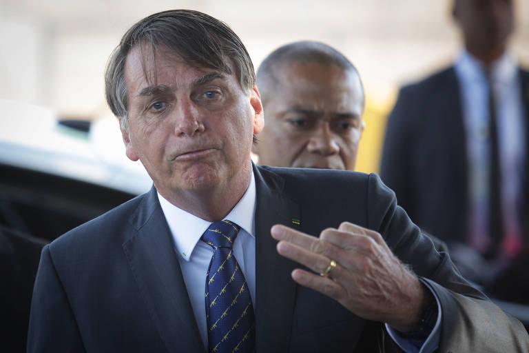 O presidente Jair Bolsonaro, na entrada do Palácio da Alvorada