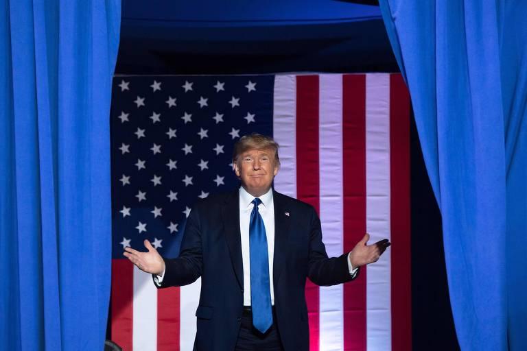 O presidente dos EUA, Donald Trump, durante evento em Wisconsin na noite de terça (14)