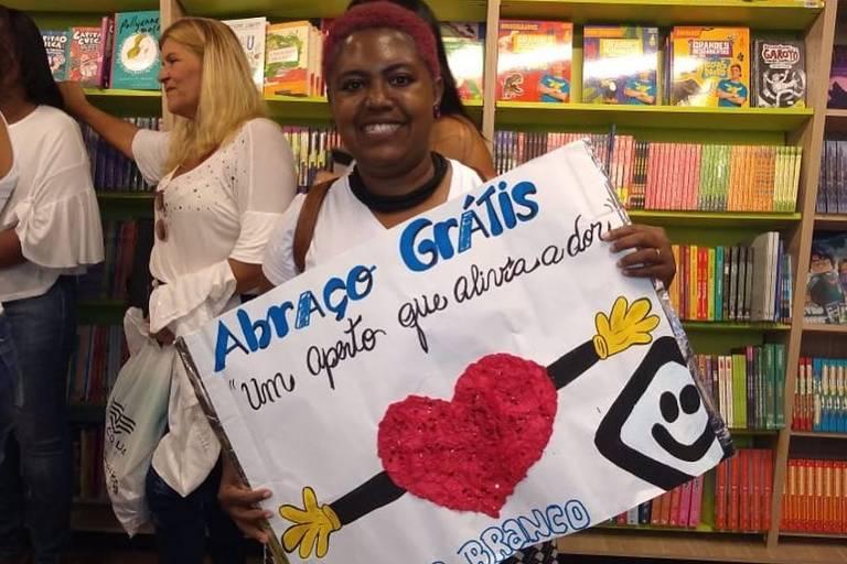 Ação da Campanha Janeiro Branco em Campo Grande, no Rio de Janeiro