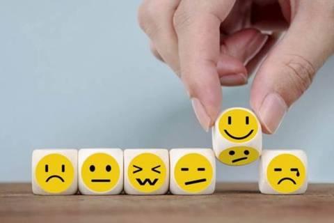 Nos países em desenvolvimento, a idade mais infeliz é 48,2
