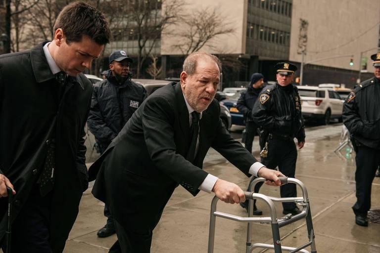 Harvey Weinstein em 2020 durante seu julgamento em Nova York