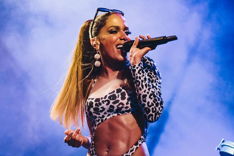 Anitta promove Ensaio, em esquenta para o Carnaval, no Jockey Club, no Rio