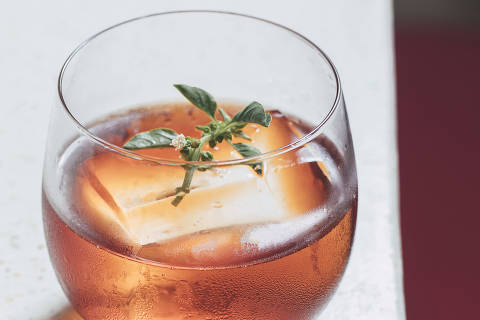 Drinque BSS, do Bar do Komah