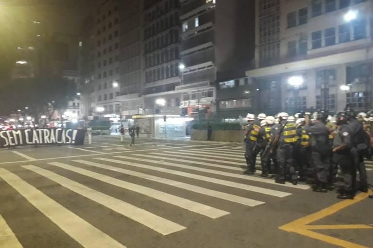 Protesto do Movimento Passe Livre contra o aumento da tarifa de transporte em São Paulo