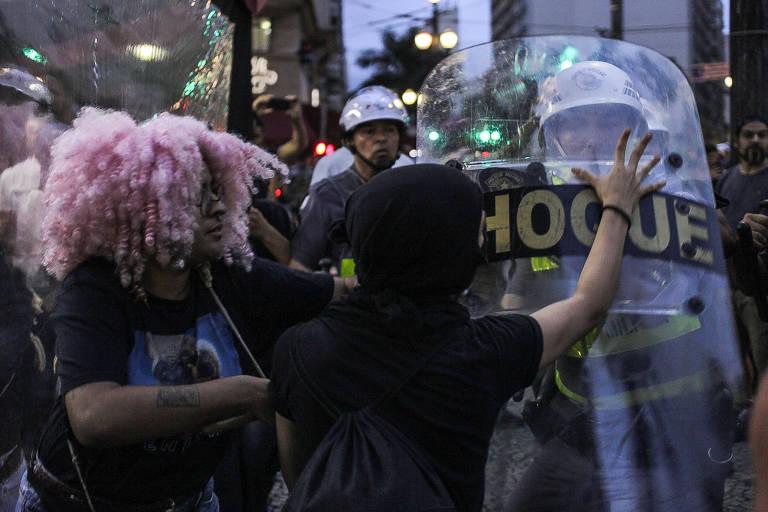 Policiais militares durante protesto do Movimento Passe Livre