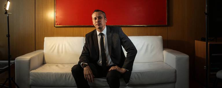 Retrato de Roberto Alvim, ex-secretário da cultura do governo de Jair Bolsonaro