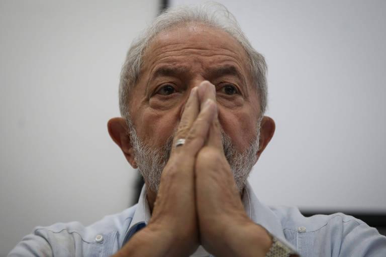 O ex-presidente Lula durante reunião do diretório nacional do PT em São Paulo nesta sexta (17)
